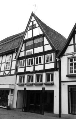 1ste-GenMittelstraße-9-Lemgo